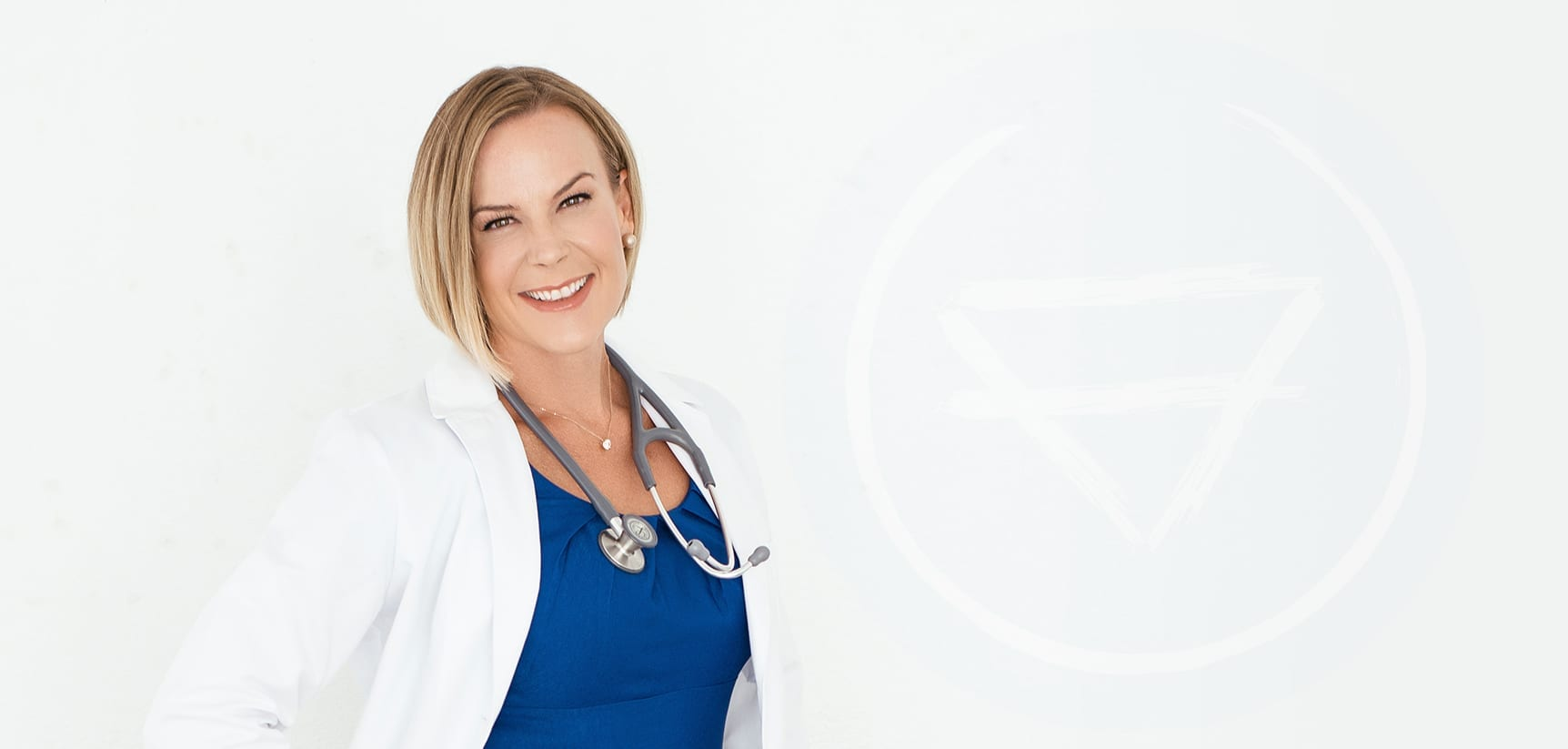 Learn more about Dr. Courtney Cronin, her courses, her practice, and her passion for helping others.